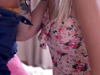Hot Russian Teen Arteya Reveals the brush Nympho in Hardcore Fuck
