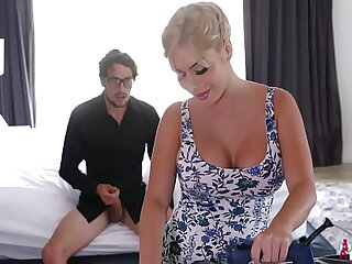 Sara St Clair Milf Beautiful Sexual Relationship