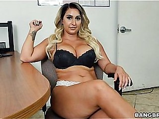 Nina Kayy And The Obese Anal Surprise! (hih14794)